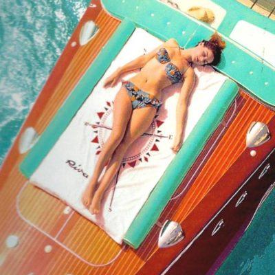 towell for sunbathing matress.jpeg