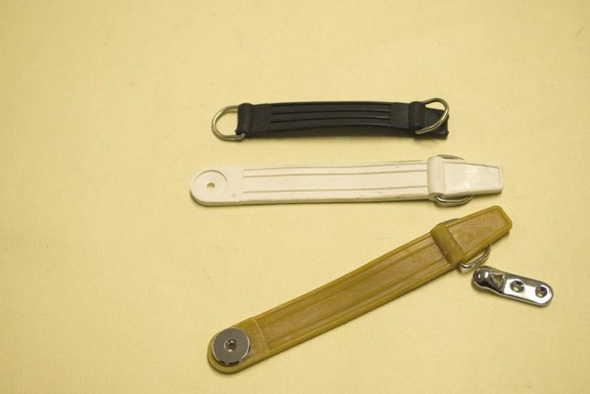 nasello e ranella cromata per cinturini allaccia ski_estintore
